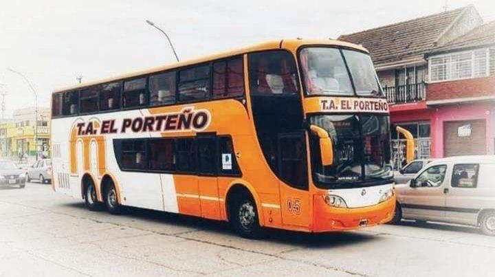 El micro que habría pertenecido a Monticas circula bajo el nombre de T. A. El Porteño.