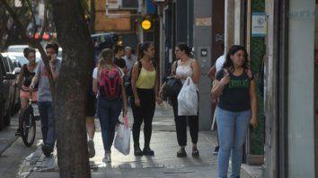 Motor. El corredor de calle San Luis es referencia del comercio mayorista y minorista.