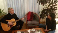 alberto fernandez canto a duo con natalia de la sota