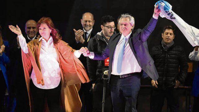 Juntos. CFK y Alberto F compartirán hoy en un acto en La Pampa.