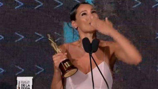 Pampita dedicó el premio a su hija fallecida en 2012.