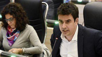 La ordenanza, presentada por los concejales peronistas Eduardo Toniolli y Norma López.