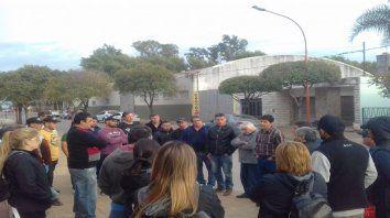 Los municipales de Chabás seguirán con la medida de fuerza pese al cese del conflicto.