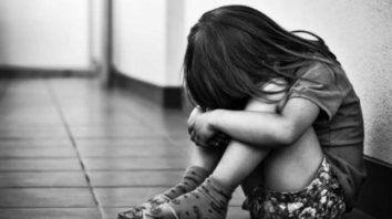 En la Argentina se registraron en promedio cuatro casos de femicidios infantiles por mes en los últimos diez años.