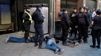 Los operativos policiales, donde hay menores involucrados, dispararon la controversia.