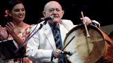 A los 97 años falleció Vitillo Abalos, una leyenda del folclore