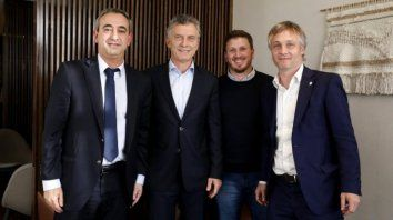 El presidente se impuso casi en los mismos barrios donde Pablo Javkin ganó en junio la Intendencia.