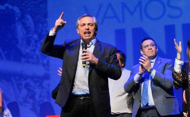 El presidente electo Alberto Fernández destacó anoche el rol político del líder radical.