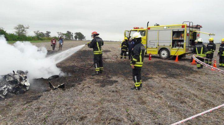 Se estrelló una avioneta en un campo cercano a Venado Tuerto y murieron sus dos ocupantes