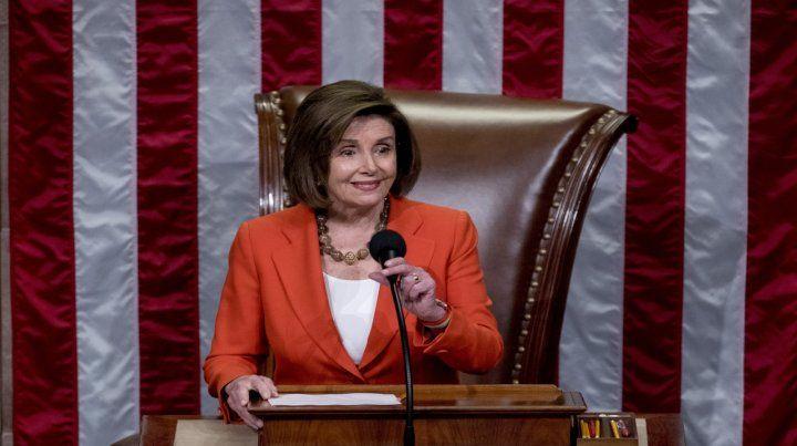 Nancy Pelosi impulsa el caso.
