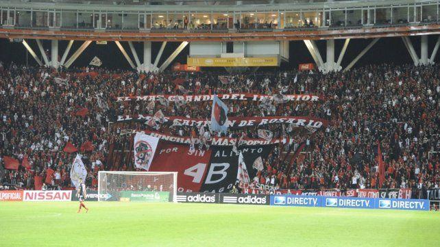Ultima vez. La hinchada concurrió en septiembre de 2015 al estadio Ciudad de La Plata. Newells derrotó a Estudiantes por 2 a 0.