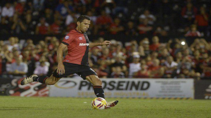 El símbolo. Maxi Rodríguez le aporta la cuota de talento a la ofensiva leprosa. Hoy será vital en Córdoba.
