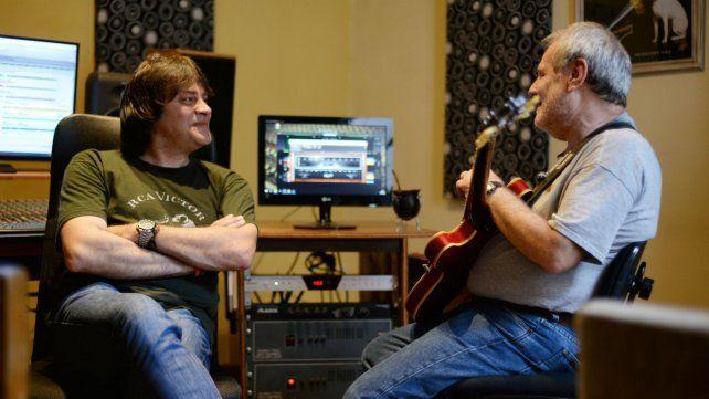 Bonzo junto a Claudio Gabis.