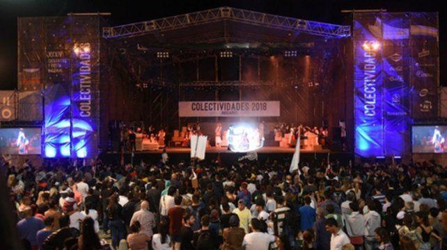 Cerca del Paraná. El escenario principal albergará gran número de manifestaciones artísticas.