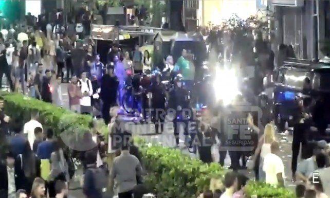 Disturbios, policías heridos y detenidos en el cierre de la Fiesta de la Cerveza