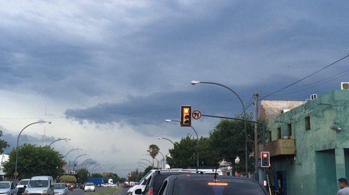 Alerta a corto plazo para Rosario y la zona por tormentas fuertes