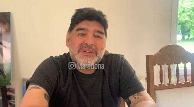 Maradona reavivó la pelea con Dalma y Giannina