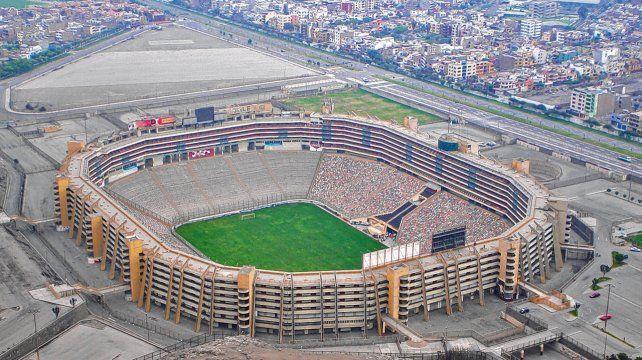 Imponente. El estadio Monumental sería elegido para ser el escenario de la finalísima de la Copa Libertadores porque cuenta con capacidad para 80 mil personas.