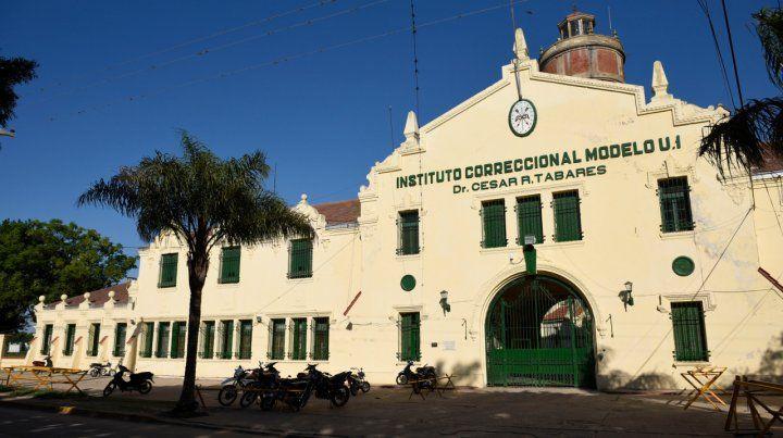 Una agente penitenciaria denunció a dos de sus superiores por abuso sexual