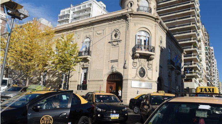 Luz verde en el Concejo para el aumento en los taxis