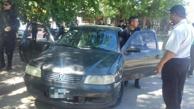 El auto fue hallado en Superí y Martín García con dinero en su interior.