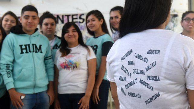 Estudiantes de Arroyo Seco construyen memoria a través de una investigación escolar