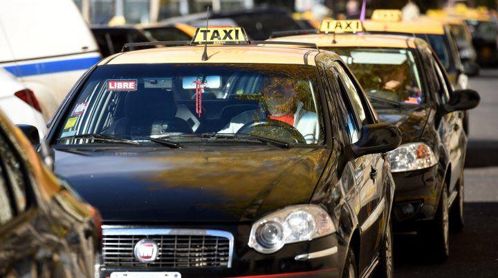 La nueva tarifa de taxis comenzará a regir desde la 0 del lunes próximo