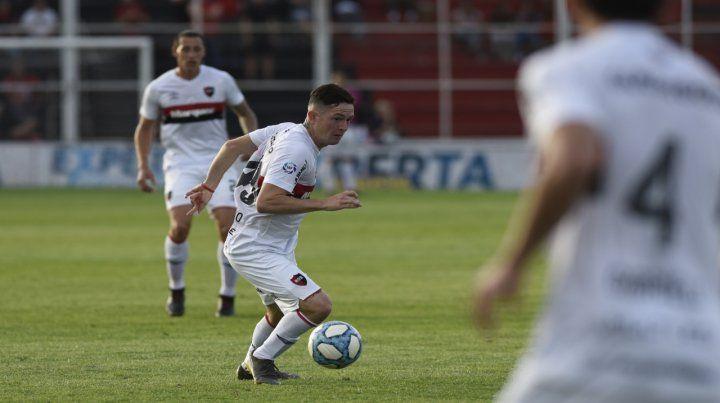 Una opción. Moreno puede ser una alternativa para jugar por Villarruel.