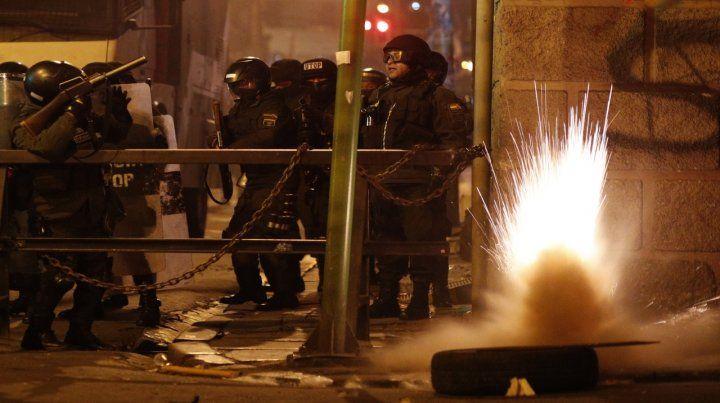Violencia. Choques nocturnos en La Paz. Ya son cotidianos.
