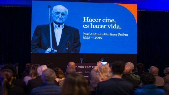 Homenaje al director José Martínez Suárez