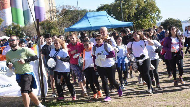 La primera edición del encuentro reunió a alrededor de 300 personas en un circuito entre el parque de las Colectividades y el Nacional a la Bandera.