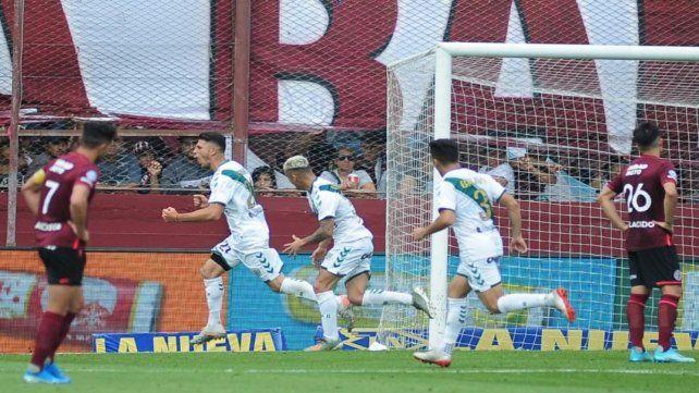 Banfield se escapa del descenso y el bicho se mancó - La Capital (Rosario)