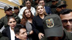 Fragilidad. La titular del Senado, Janine Añez, tiene a su cargo convocar a asamblea legislativa.