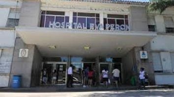 El herido fue internado en el Hospital Eva Perón de Granadero Baigorria donde anoche al cierre de esta edición se encontraba estable y alojado en una sala común.