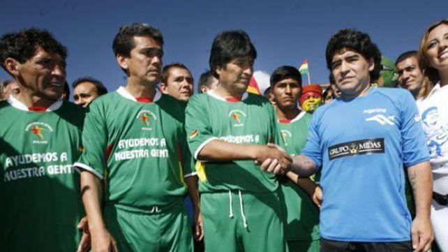 Maradona lamentó el golpe orquestado en Bolivia