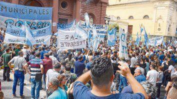 Días de huelga. Se trata de personal que sostiene las principales políticas culturales y sociales de la ciudad y la provincia.