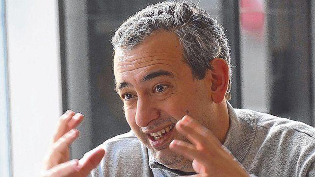 preocupado. El intendente electo, Pablo Javkin, deberá enfrentar una delicada situación financiera.