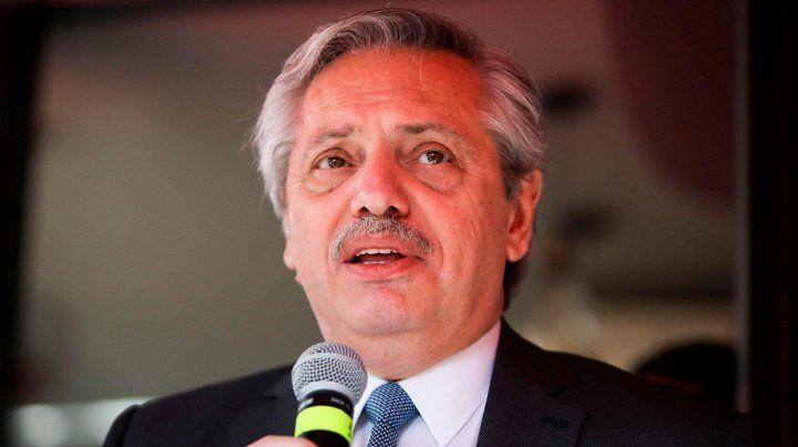 Alberto Fernández calificó de falacia al proyecto de Presupesto de Macri