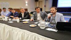 Propuestas. El plan se presentó por primera vez en el interior en la sede de la Unión Industrial de Rosario y la Región (Unirr).