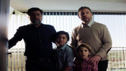 Rafael Spregelburd y Diego Gentile interpretan a una pareja con diez años de convivencia en busca de un hijo.