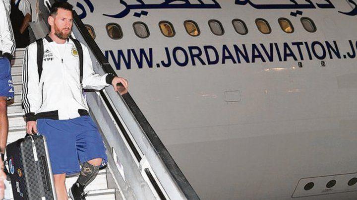 Es un avión. Messi juega a toda velocidad y repetirá hoy frente a la celeste.
