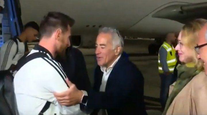 Efusiva recepción para Messi y la selección en Israel