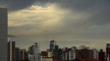Alerta meteorológica por tormentas fuertes para Rosario y la región