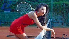 Mia. La mujer trans que juega y da clases de tenis en Buenos Aires y da cátedra de igualdad deportiva.