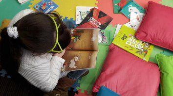 Despertar el interés por la lectura desde una temprana edad es un compromiso a asumir, propone la Fundación Leer.