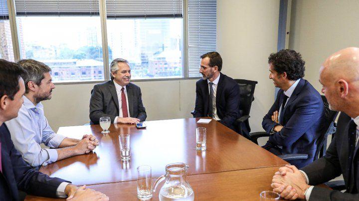 Encuentro. Fernández recibió en sus oficinas a la cúpula de Carrefour.
