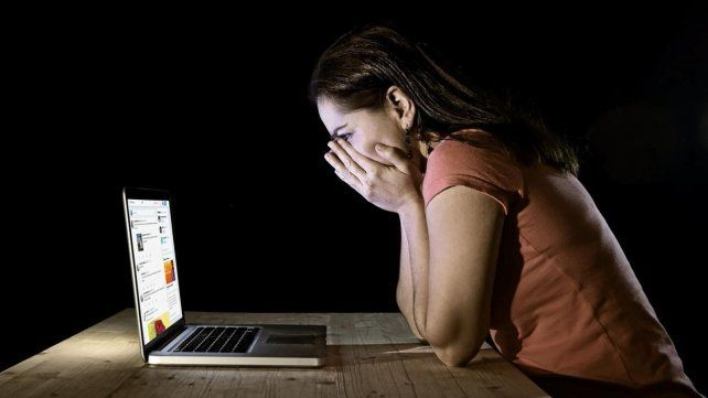 Acoso. La mujer declaró que ya borró los mensajes de su página.
