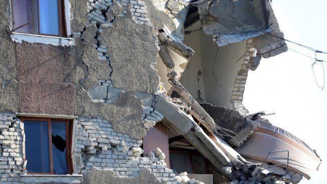 Al menos 21 muertos por un terremoto en Albania