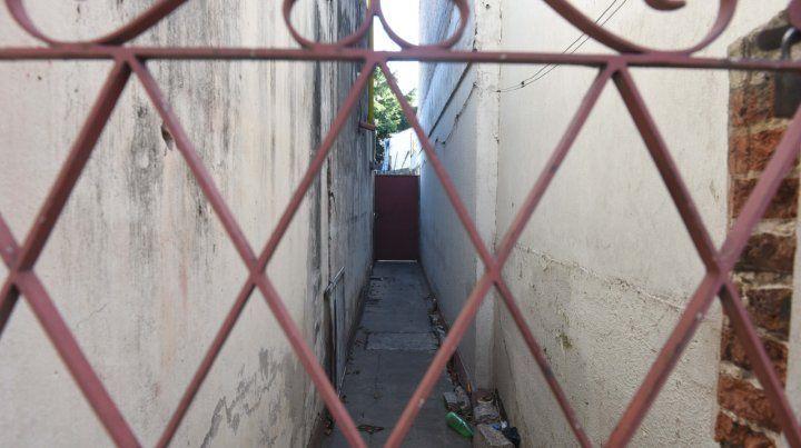Santiago al 3500. La casa de barrio Cura donde la mujer permanecía sometida.
