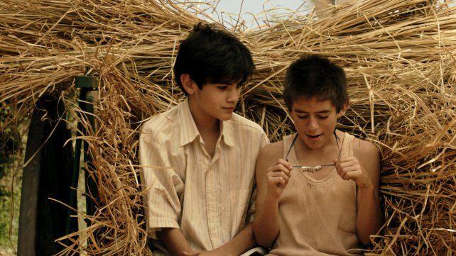 Un relato autobiográfico. El pequeño Justino (izquierda) es el alter ego de Arnaldo André en el filme.